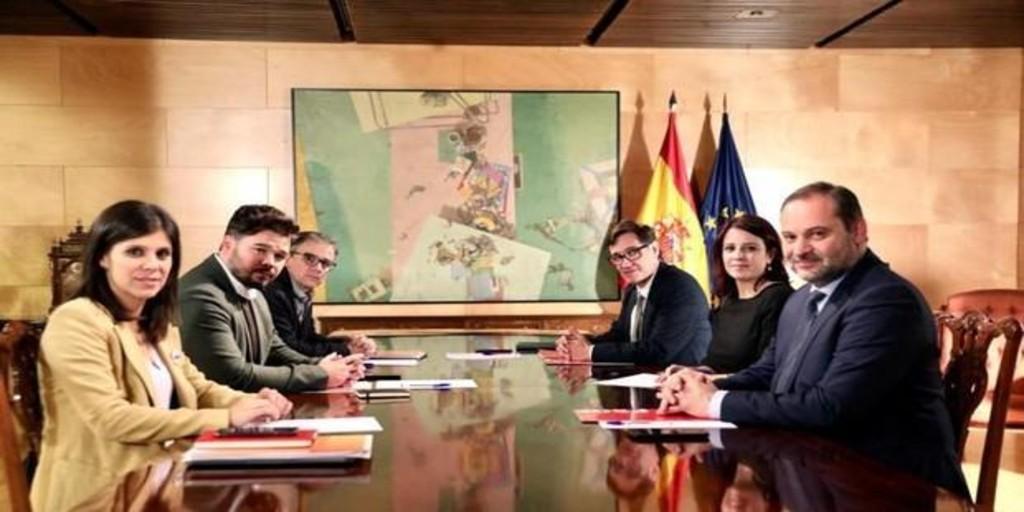 ERC ordena y el PSOE obedece