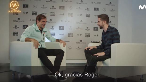 David Broncano y Roger Federer, durante su entrevista para «La Resistencia»