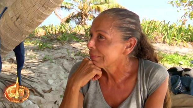 Isabel Pantoja recordando su historia de amor con «Paquirri» en «Supervivientes»