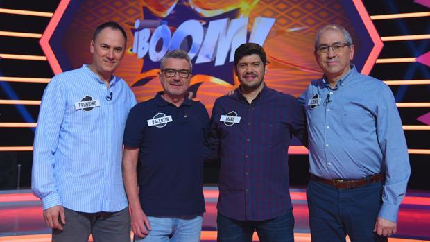 Erundino, Valentín, Manu y Alberto componen «Los Lobos»