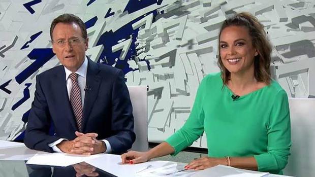 Matías Prats y Mónica Carrillo, en Antena 3 Noticias
