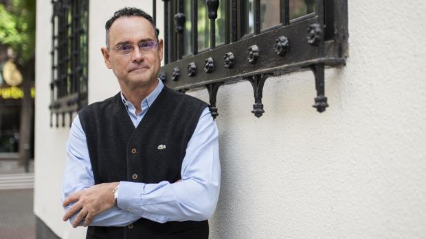 Pedro Baños cuenta que habrá líneas que no puede traspasar
