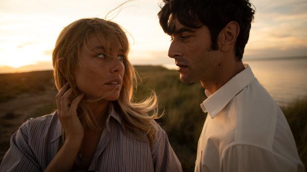 Las Primeras Imágenes Del Amor De Película De Blanca Suárez Y Javier Rey En El Verano Que Vivimos
