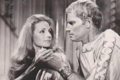 Carmen Sevillay Charlton Heston en «Marco Antonio y Cleopatra»