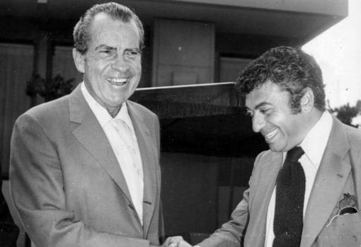 Richard Nixon (izquierda) y Tico Medina (derecha), durante la visita del periodista de ABC a Estados Unidos a principios de los años setenta