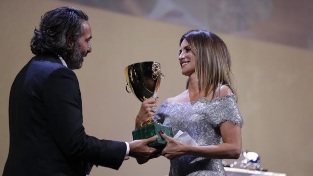 Penélope Cruz, Copa Volpi a la mejor actriz en la Mostra de Venecia