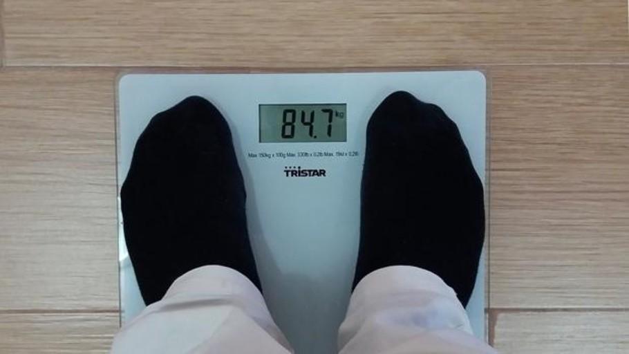 Un estudio muestra por qué engordamos con la edad
