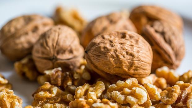 Comer nueces y frutos secos puede evitar la obesidad