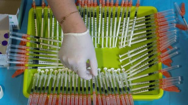 Por qué una persona vacunada de Covid-19 puede contagiar el virus
