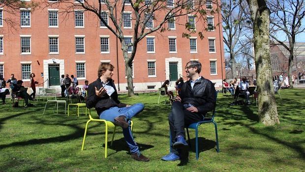 Los instigadores de la iniciativa, en la Universidad de Harvard