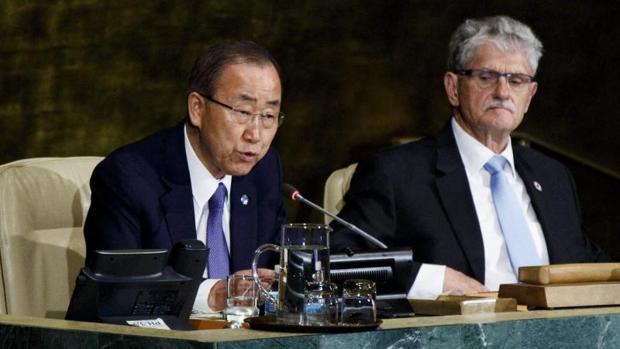 Ban Ki-moon ha pedido un esfuerzo internacional para acabar con el sida en 2030
