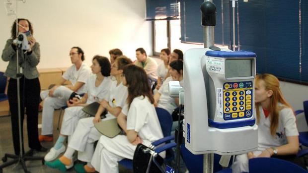 Curso de mejora de conocimientos a personal de enfermería