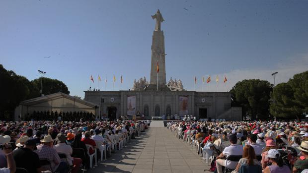 Misa en el Cerro de los Ángeles de Getafe
