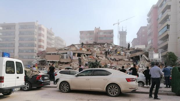 El terremoto en el Egeo deja dos muertos en Grecia y doce en Turquía