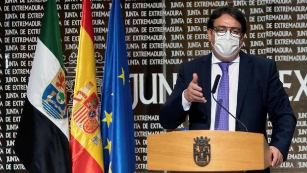 Extremadura pide disculpas a vacunados por error con AstraZeneca en Cáceres, de los que se realizará seguimiento