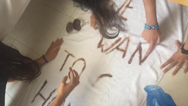 La angustia de las familias de 150 niños fuerza su repatriación desde Malta a Madrid
