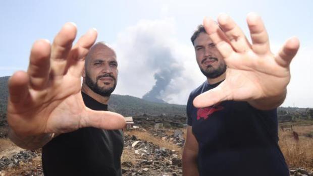 La lucha canaria le planta cara al volcán de Cumbre Vieja