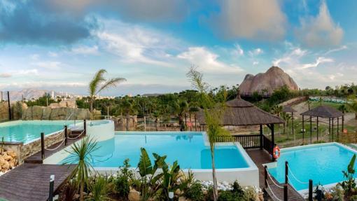 Magic Natura-Animal, Waterpark & Polynesian Resort, Benidorm