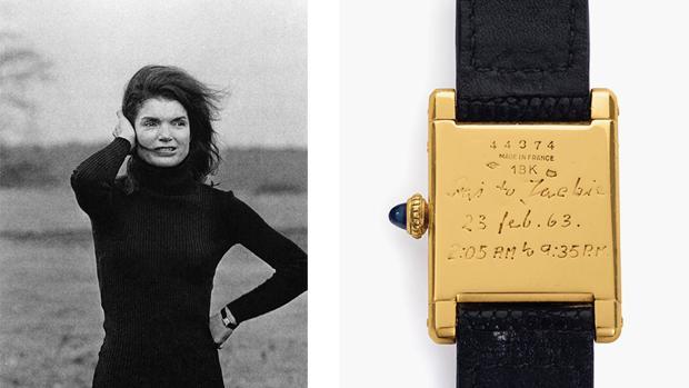 Jacqueline Kennedy con su icónico Cartier Tank con la fecha y horarios inscritos por Stanislaw Radziwill
