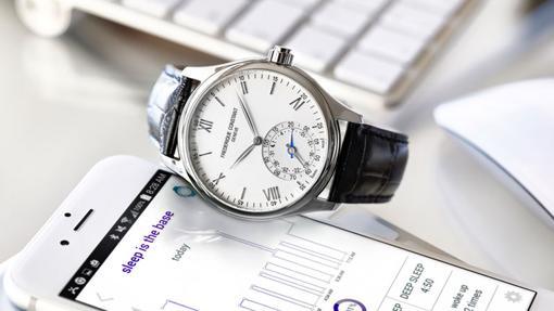 Constant Horological Smartwatch