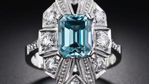 Anillo Art Decò con zircón azul y diamantes