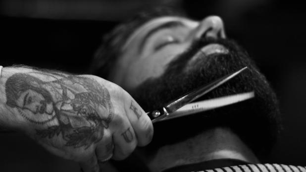 En la barbería puedes someterte a todo tipo de tratamientos
