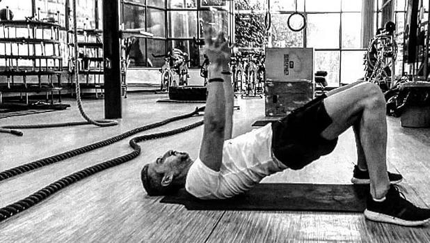 que ejercicios debo hacer en el gym para adelgazar
