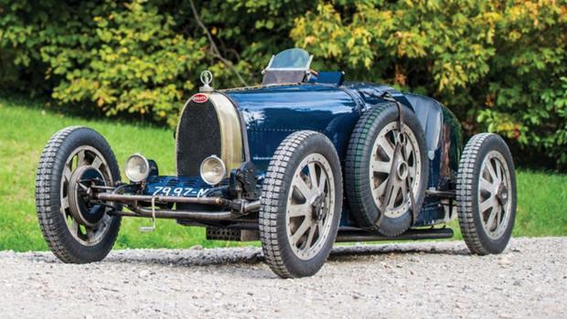 Se inspira en el icónico Bugatti Type 35
