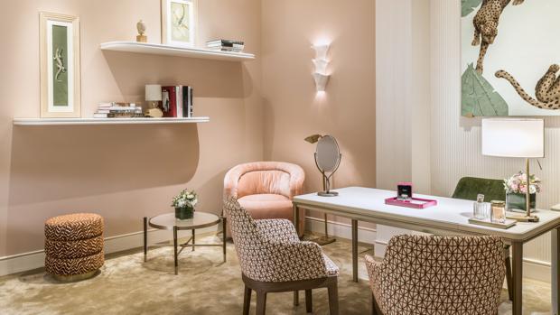 Uno de los espacios de la nueva boutique de Cartier en Madrid