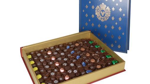 Una caja conmemnorativa de chocolate premium
