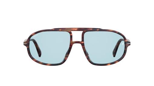 Gafas de sol, de DB Eyewear by David Beckham (142,90€)