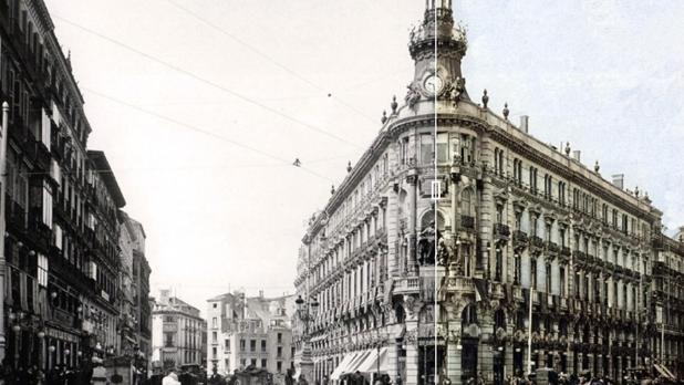 Así se puede ver el resultado antes y después de haber aplicado los filtros en una imagen de Madrid antigua