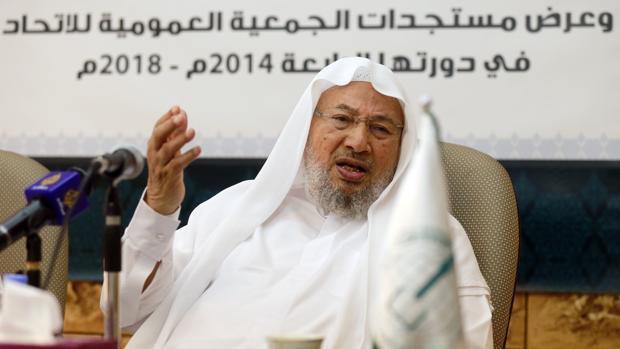 Al-Qaradawi, en 2014, hablando en Doha