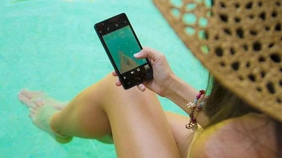 ¿Los españoles mienten en redes sociales sobre sus vacaciones de verano?