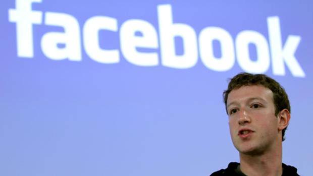 Mark Zuvkerberg, fundador de Facebook, durante una intervención