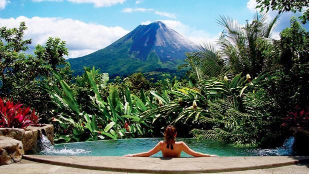 Resultado de imagen para Aguas termales del volcán Arenal