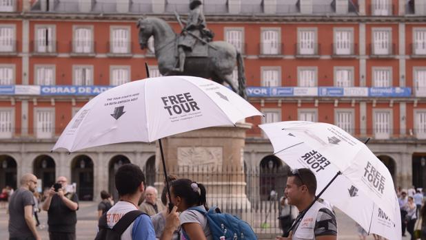 cuanto se paga por un free tour
