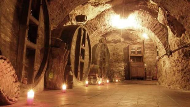 El Pueblo Que Tiene 7 Km De Galerias Subterraneas En Su Centro