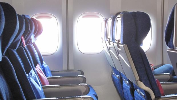 Diez cosas que debes llevar en un vuelo internacional