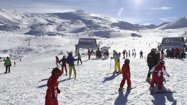 Valdezcaray, la estación nacional más asequible y Baqueira Beret es la opción más exclusiva