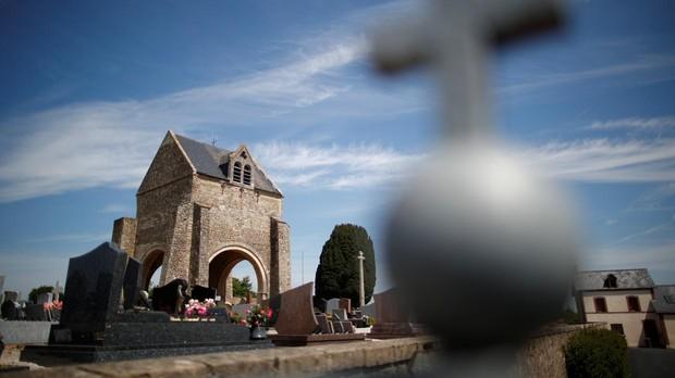 Iglesia y memorial de Craignes