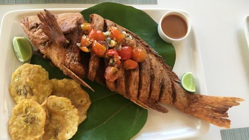 Gastronomía en Playa Minitas, en la zona de La Romana