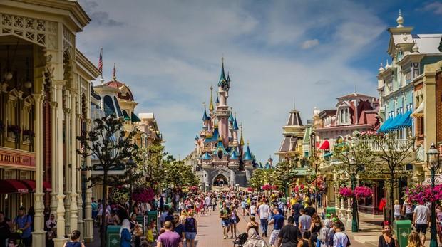 Disneyland que ocupa el primero puesto de los parques temáticos más visitados de Europa