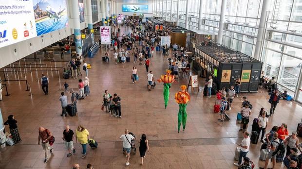 Entrada al aeropuerto de Bruselas